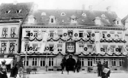 Hier ist ein historisches Stadtfoto aus Augsburg